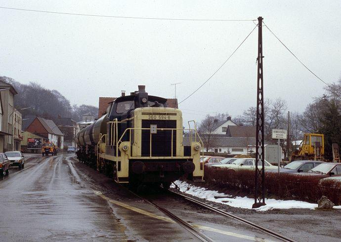 http://www.hoennetalbahn.com/media/images/k-sundwig-ortsdurchf-rf-10031988-2-jpg-large.jpg